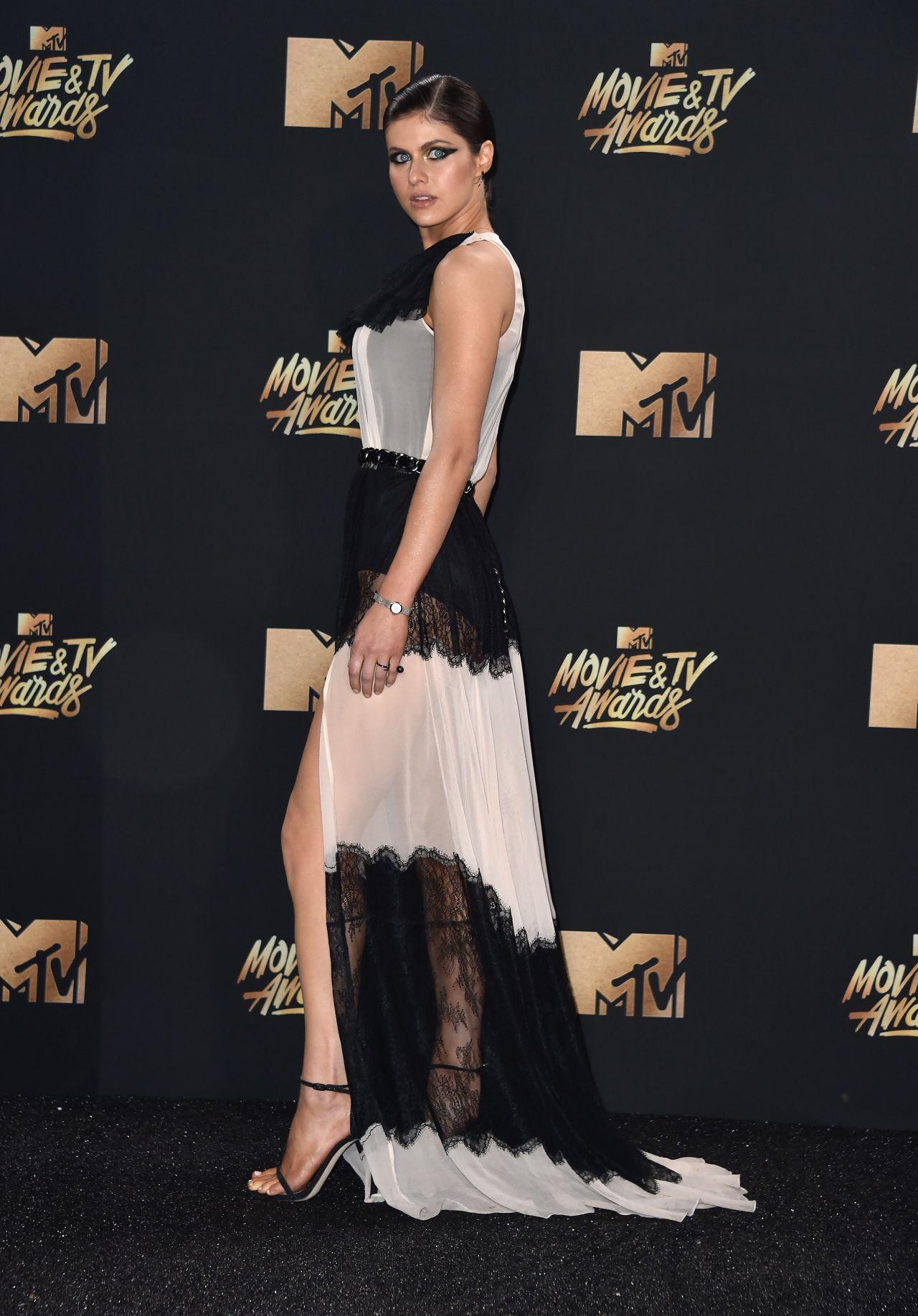 Alexandra Daddario Mtv Movie And Tv Awards In Los