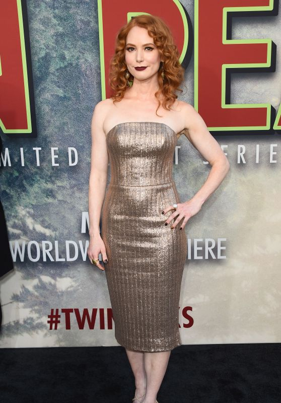 "Alicia Witt – Showtime's ""Twin Peaks"" Premiere in Los Angeles 05/19/2017"