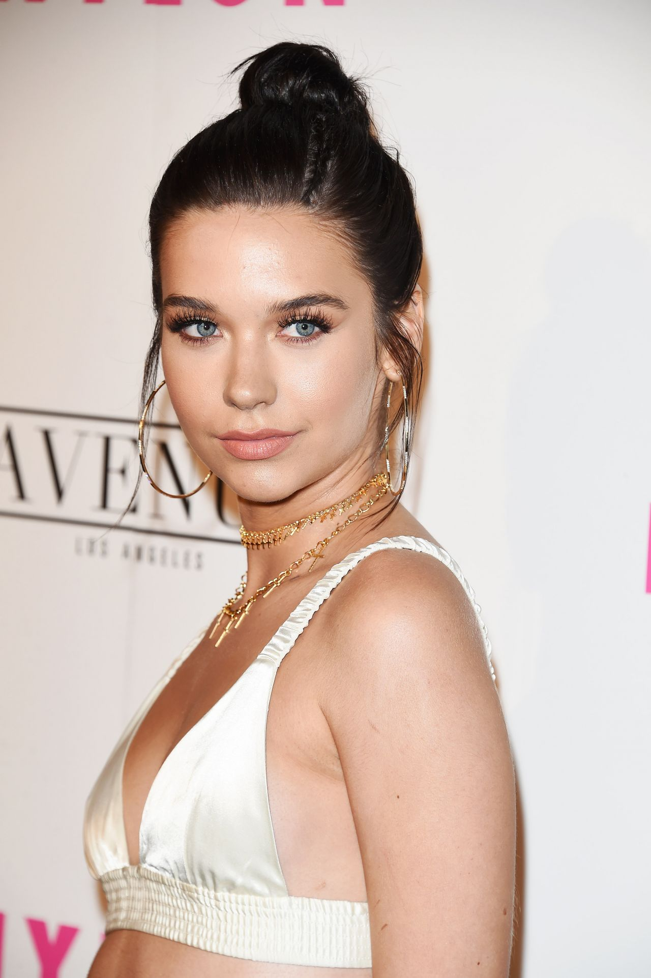 Amanda Steele Nylon Young Hollywood Party In La 05 02 2017