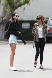 Amelia Hamlin - Shopping With Her Mom in Melrose, West Hollywood 05/08/2017