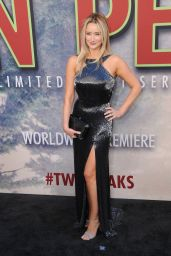 "Amy Shiels – ""Twin Peaks"" Premiere in Los Angeles 05/19/2017"