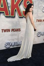 "Ana de la Reguera – Showtime's ""Twin Peaks"" Premiere in Los Angeles 05/19/2017"