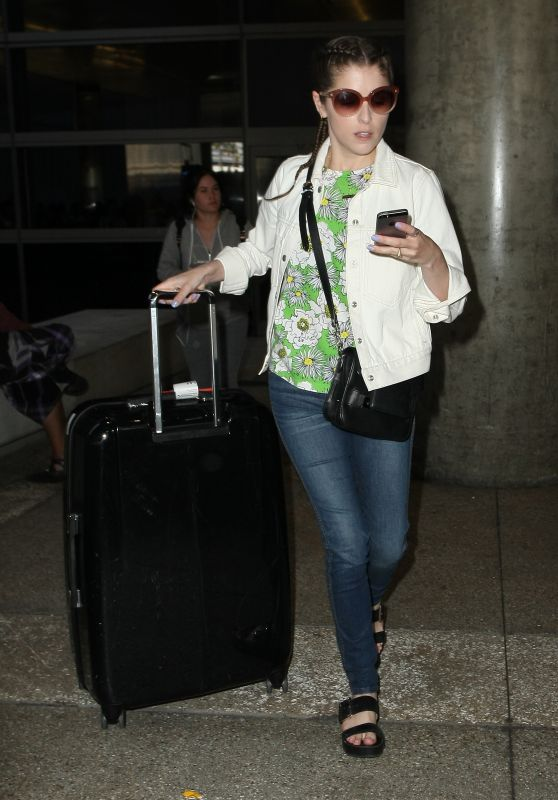 Anna Kendrick Arriving at LAX Airport in LA 05/16/2017