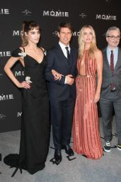"Annabelle Wallis - ""The Mummy"" Premiere in Paris, France 05/30/2017"