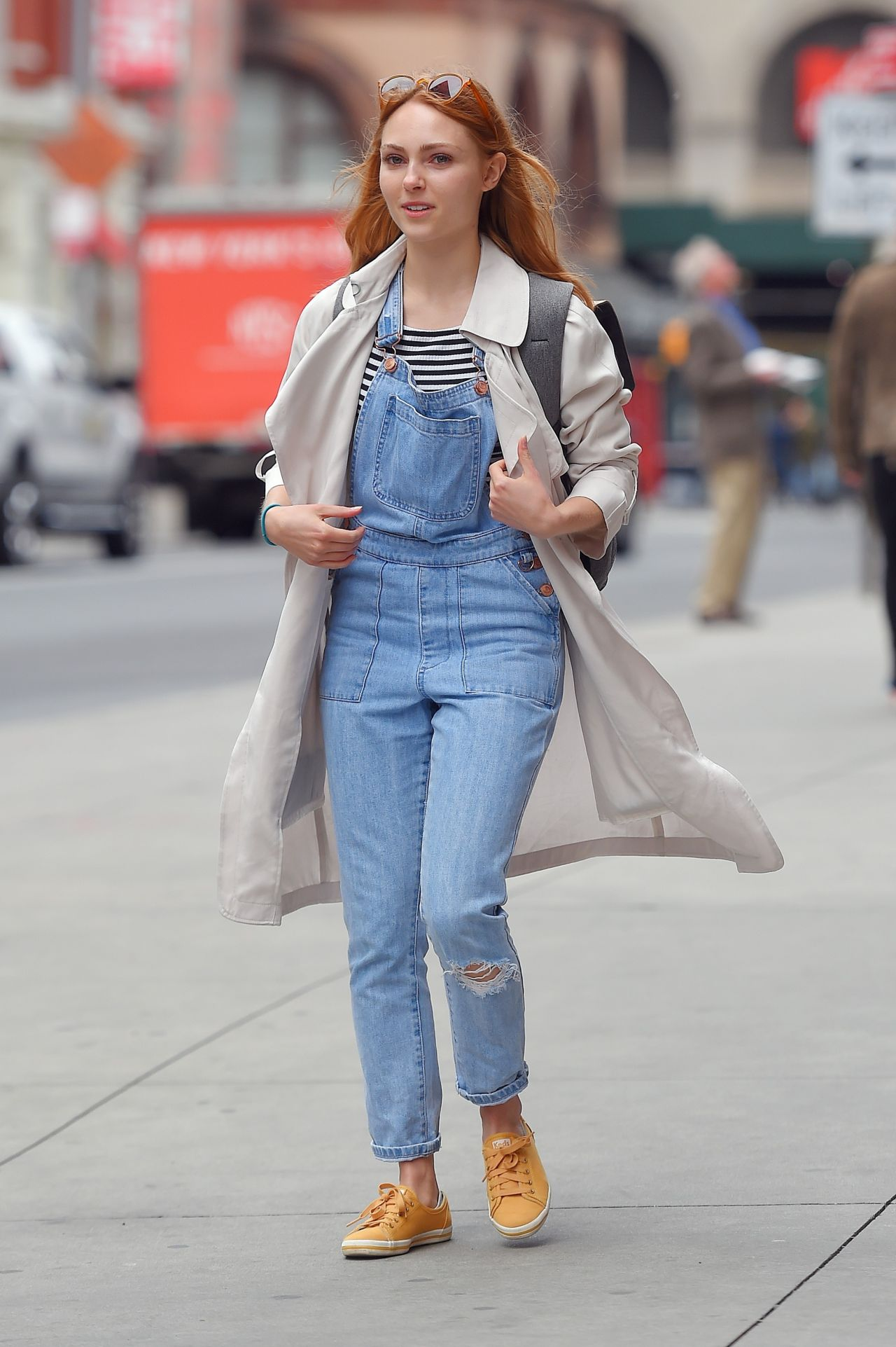 Annasophia robb in overalls out in nyc