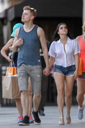Ariel Winter Gets Leggy in Short Shorts - Studio City 05/02/2017