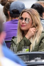 Ashley Benson - Having Brunch in Tribeca in NYC 05/27/2017