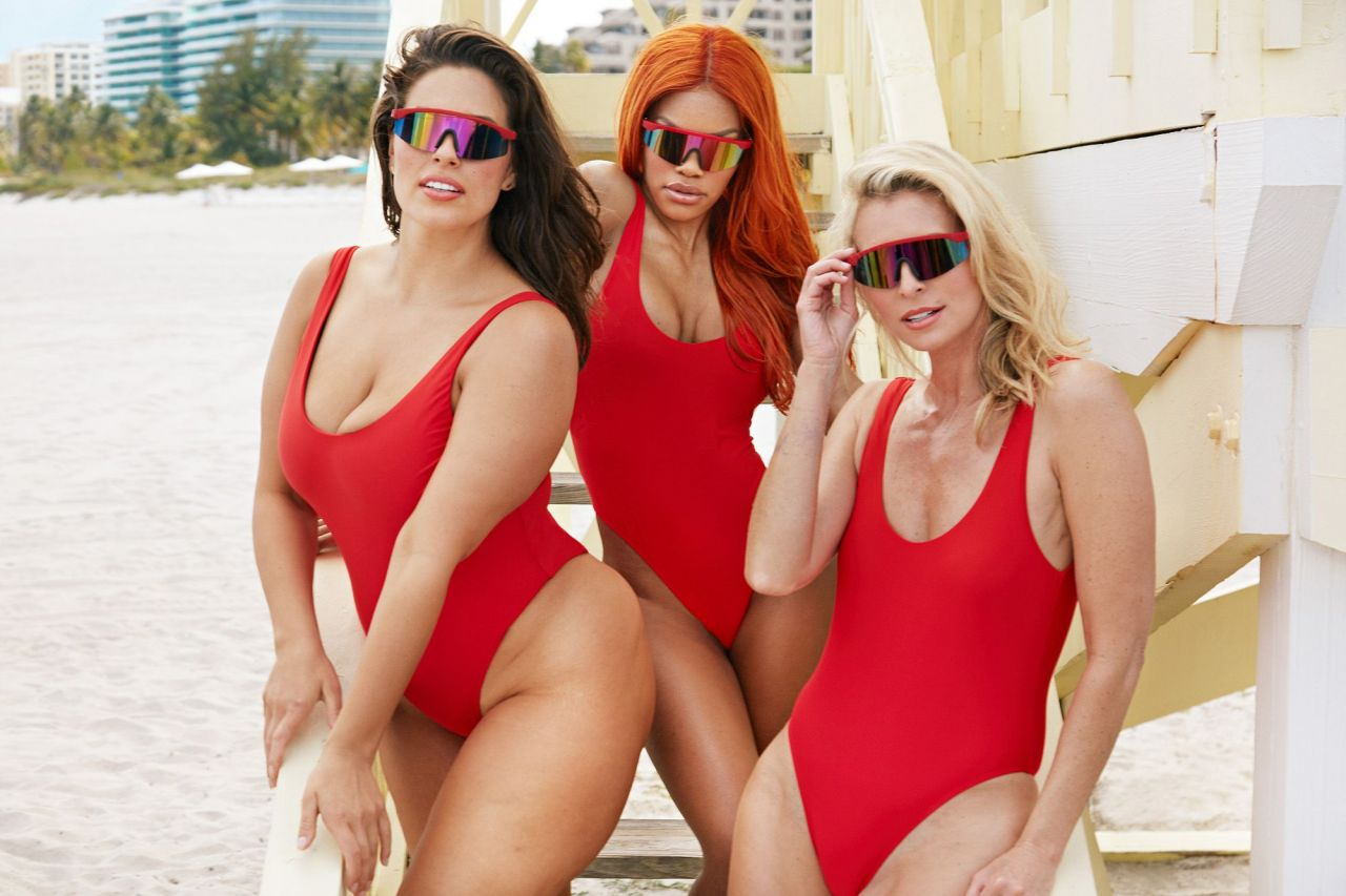Ashley Graham Channels Baywatch For Swimsuits For All -9814
