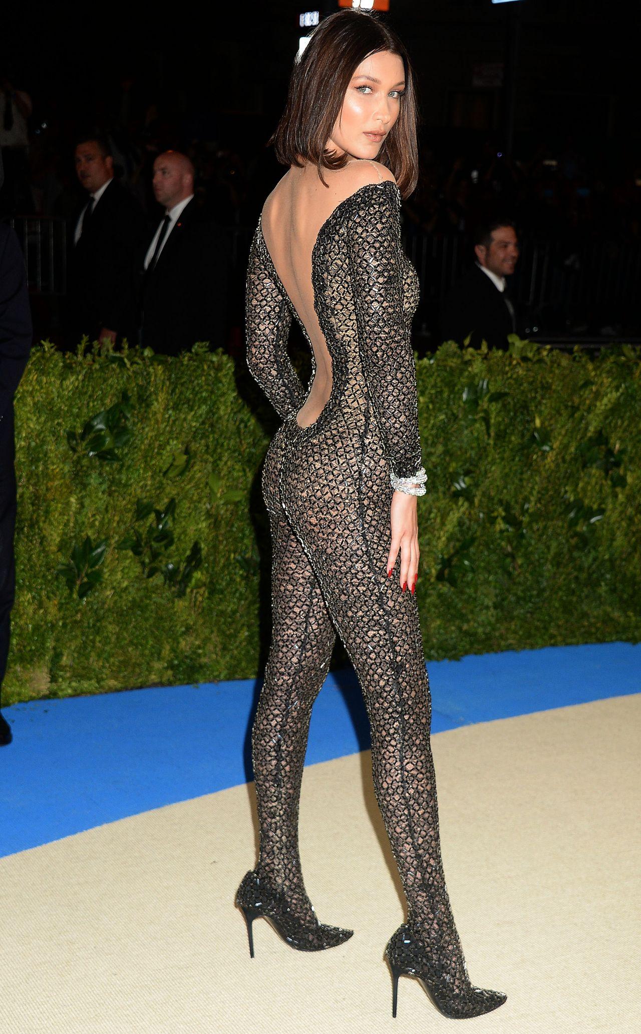 Bella Hadid At Met Gala In New York 05 01 2017