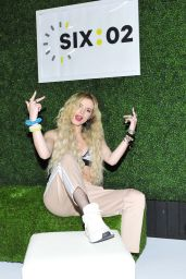 """Bella Thorne - Teams up with SIX:02 for Their """"Thank You"""" Campaign in West Hollywood, May 2017"""