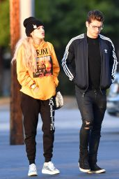 Bella Thorne With Gregg Sulkin - Studio City 05/29/2017