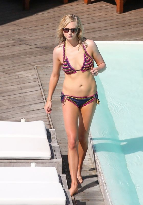 Candice Accola Bikini Candids - Fasano Hotel Pool in Rio, Brazil, May 2017
