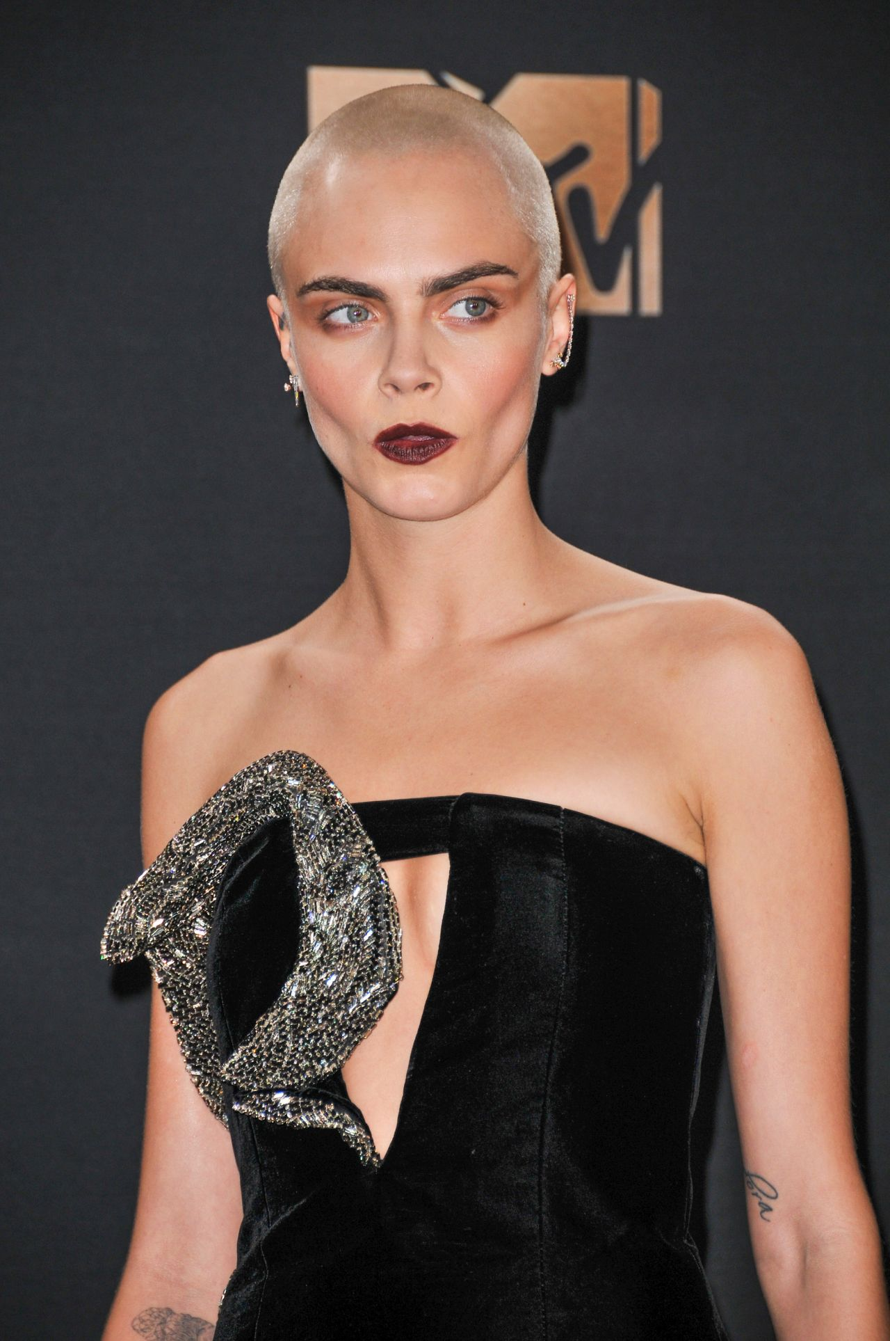 Cara Delevingne – MTV Movie and TV Awards in Los Angeles ...