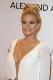 Carmen Electra – Race To Erase MS Gala in Beverly Hills 05/05/2017