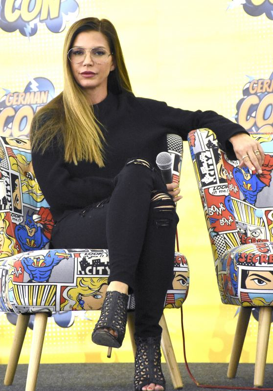 Charisma Carpenter at German Comic Con, Munich 05/27/2017