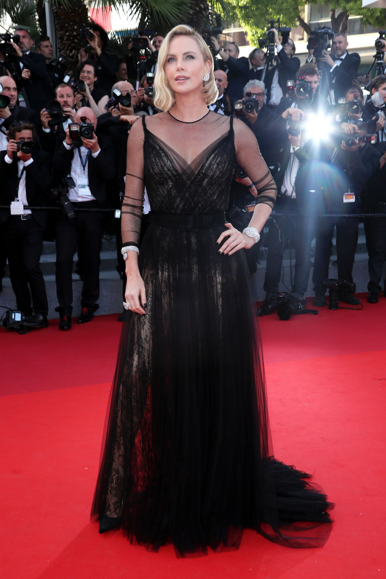 Cannes 2017 Heidi Klum Continues A Cannes Tradition In