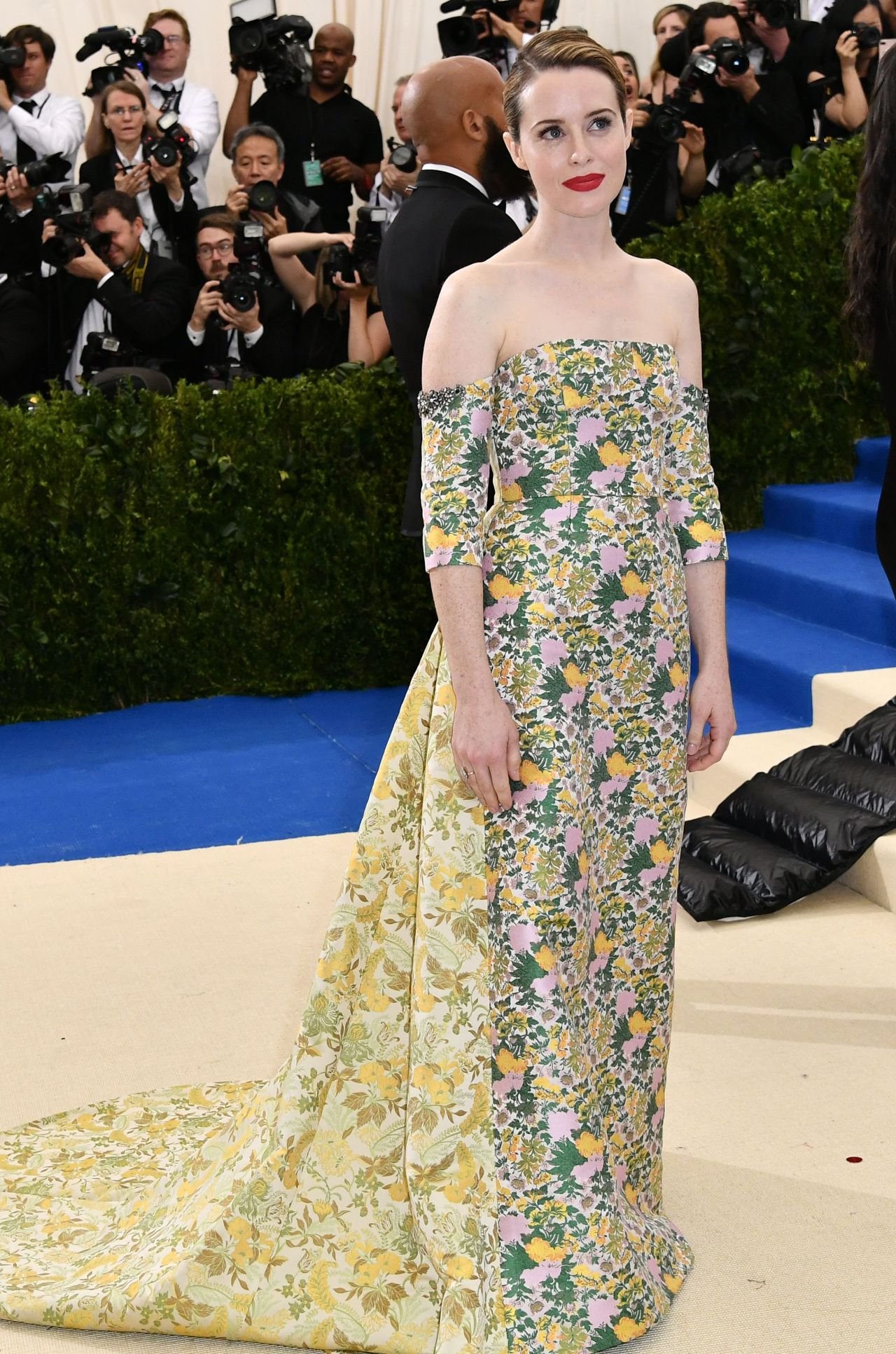 Claire Foy At Met Gala In New York 05 01 2017