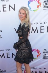 """Crystal Hunt – LGBT Center's """"An Evening With Women"""" in LA 05/13/2017"""