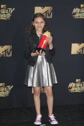 Dafne Keen – MTV Movie and TV Awards in Los Angeles 05/07/2017