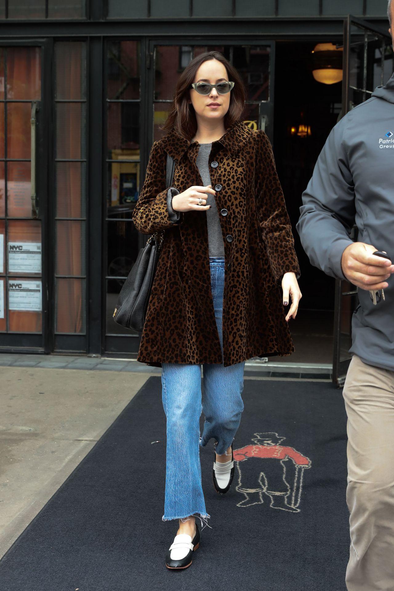 Dakota johnson leaving the bowery hotel in nyc nude (47 image)