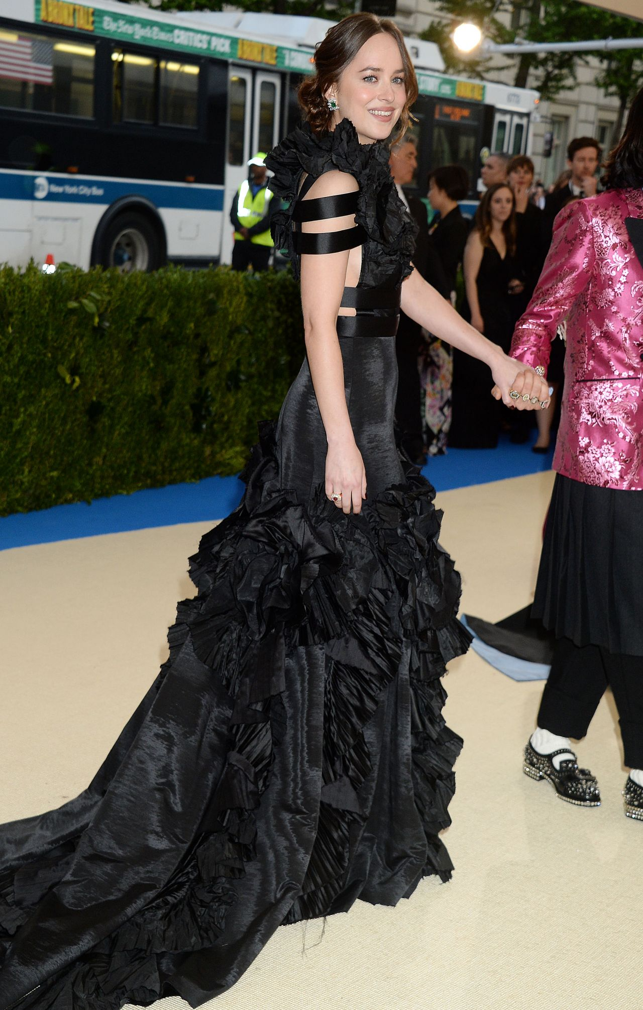 Dakota Johnson Met Gala In New York 05 01 2017