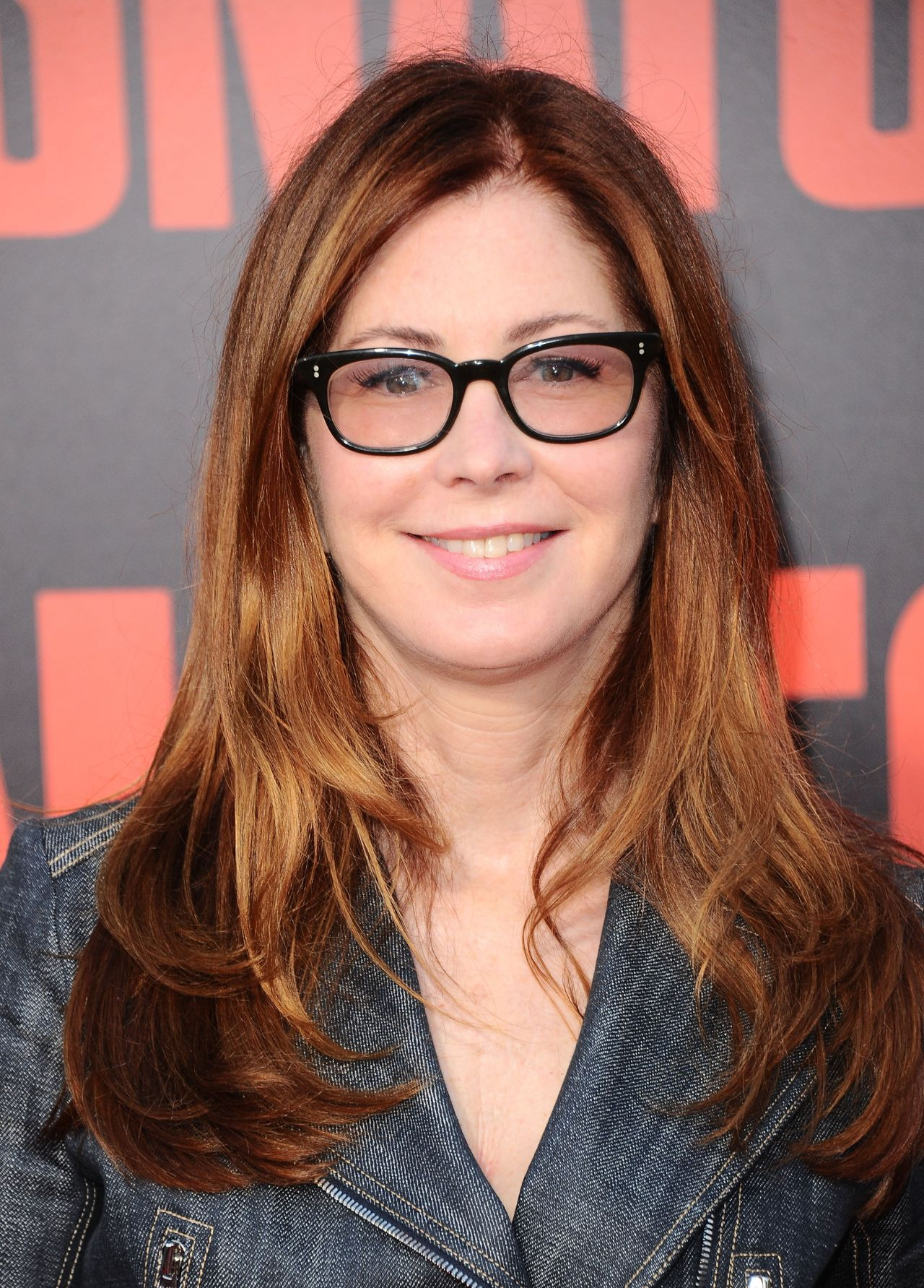 Dana Delany On Red Carpet Quot Snatched Quot Premiere In Los