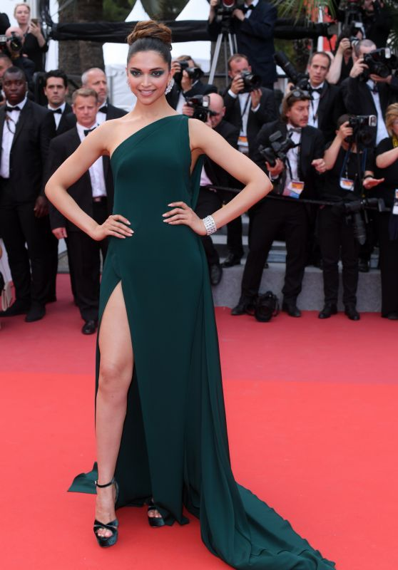 "Deepika Padukone – ""Loveless"" Premiere at Cannes Film Festival 05/18/2017"
