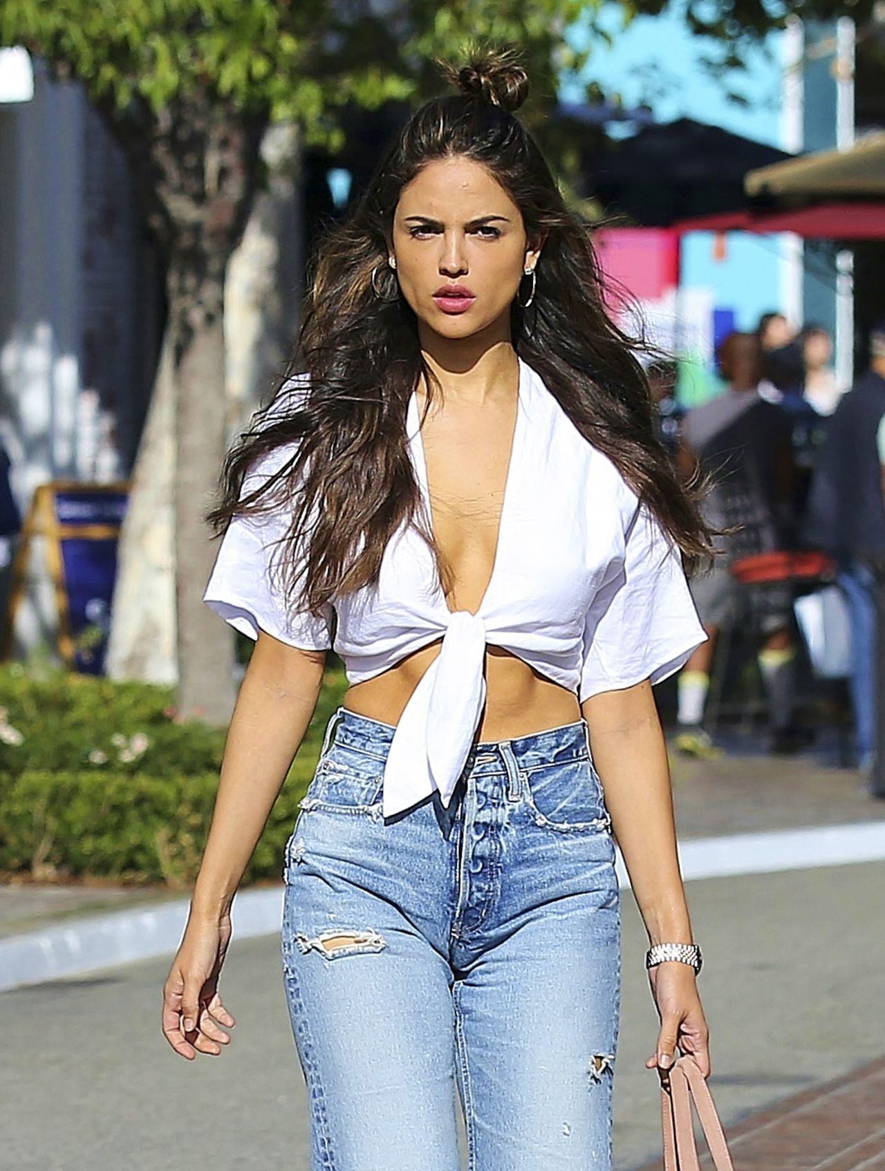 Eiza Gonzalez Street Fashion