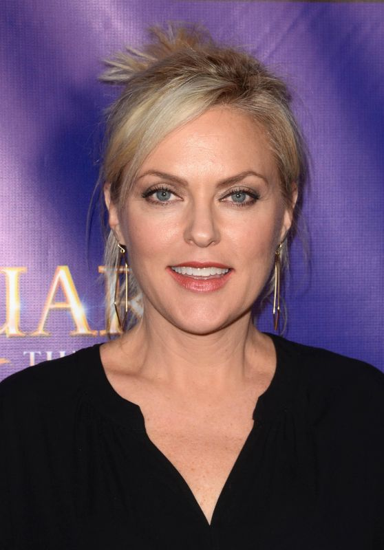 "Elaine Hendrix - ""The Bodyguard"" Opening Night in Los Angeles 05/02/2017"