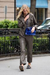 Elsa Hosk - Walking Around NYC 05/12/2017