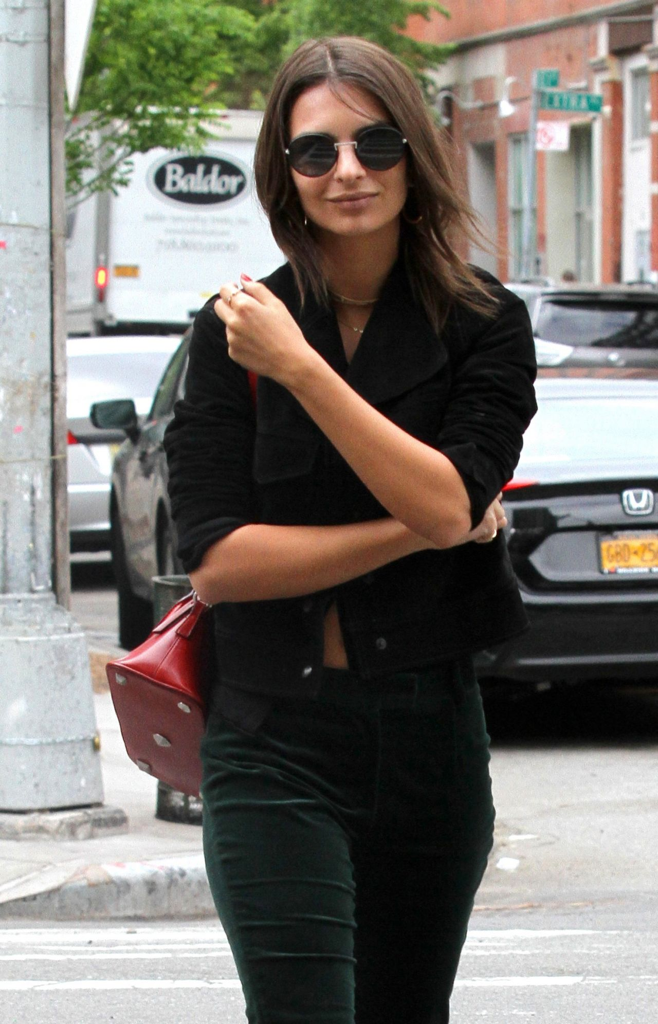 Emily Ratajkowski Casual Style - Manhattan, NY 05/07/2017