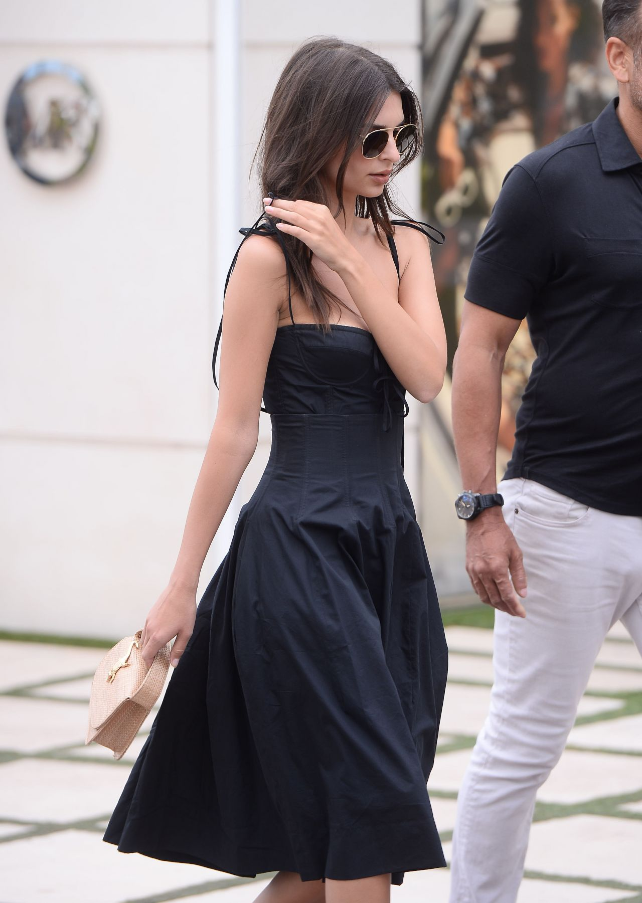 Emily ratajkowski walking the croisette in cannes nudes (75 pic)