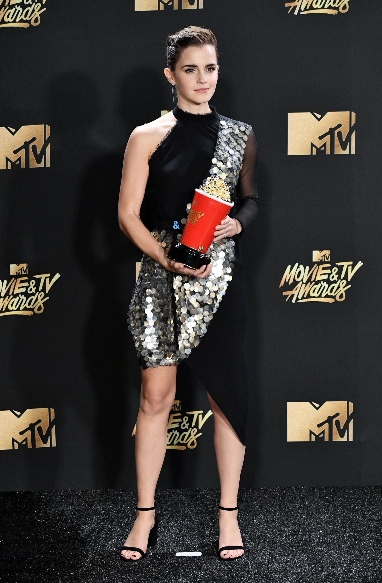 Emma Watson – MTV Movie and TV Awards in Los Angeles 05/07 ...