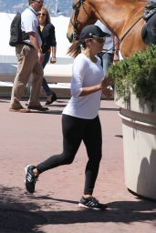 Eva Longoria - Jogging in Cannes 05/18/2017