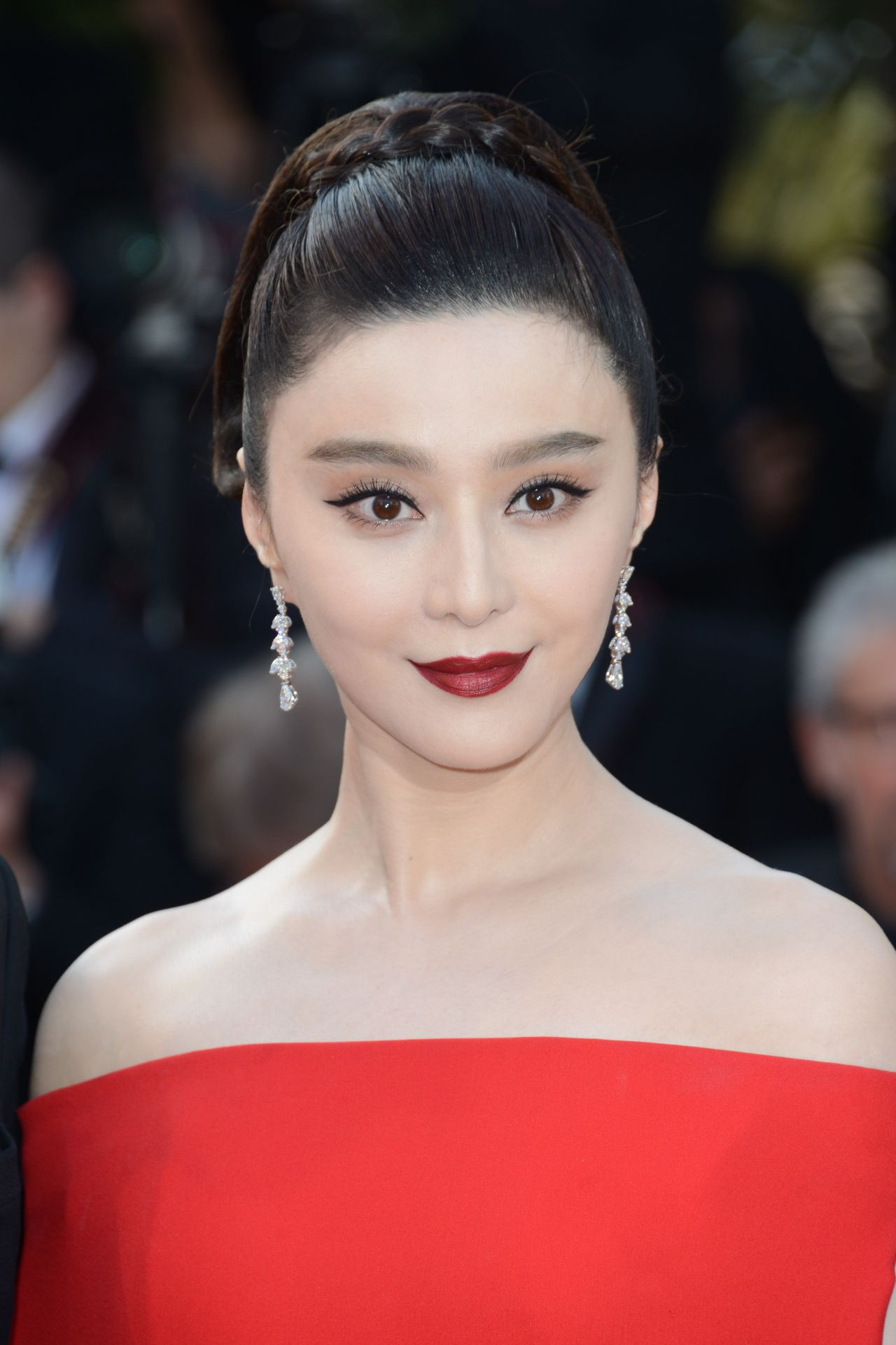 """Fan Bingbing – """"The Beguiled"""" Premiere at Cannes Film ..."""