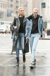 Gigi Hadid in Casual Outfit - New York 05/25/2017