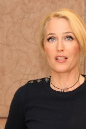 "Gillian Anderson - ""American Gods"" Press Conference in London, May 2017"