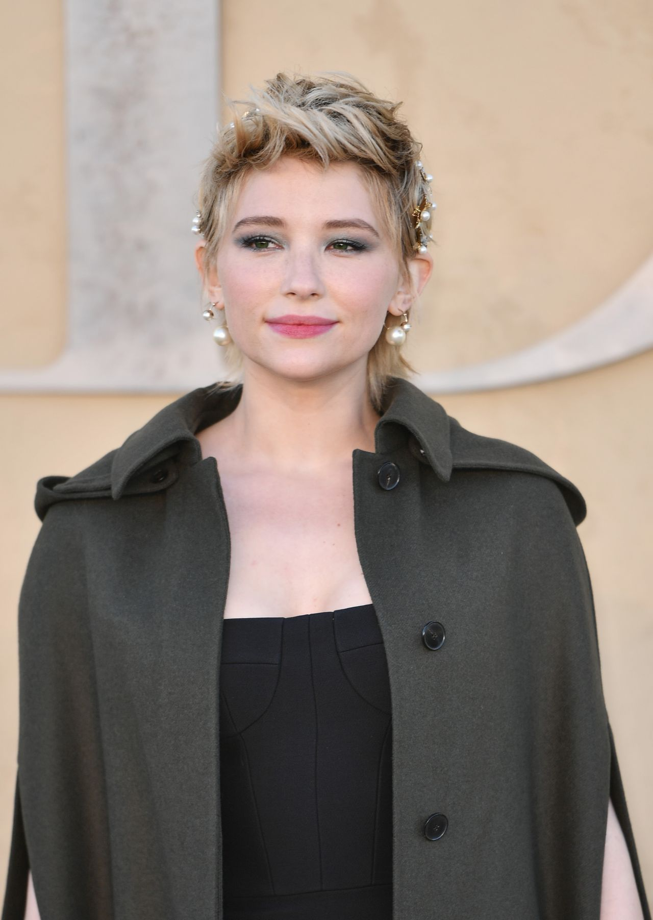 Haley Bennett Dior Cruise Collection 2018 In La 05 11 2017