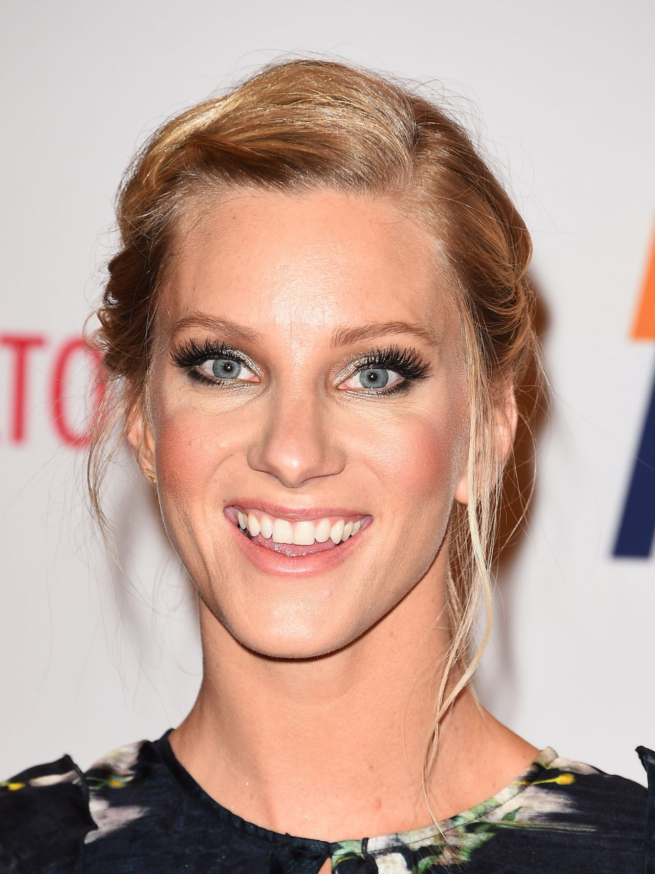 Heather Morris Race To Erase Ms Gala In Beverly Hills 05