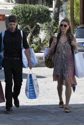 Heidi Klum - Shopping in Mykonos, Greece 05/30/2017