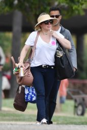 Hilary Duff at Underwood Farms Strawberry Fields in Moorpark 05/15/2017