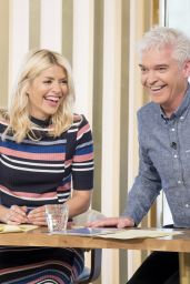 "Holly Willoughby - ""This Morning"" TV Show in London 05/10/2017"