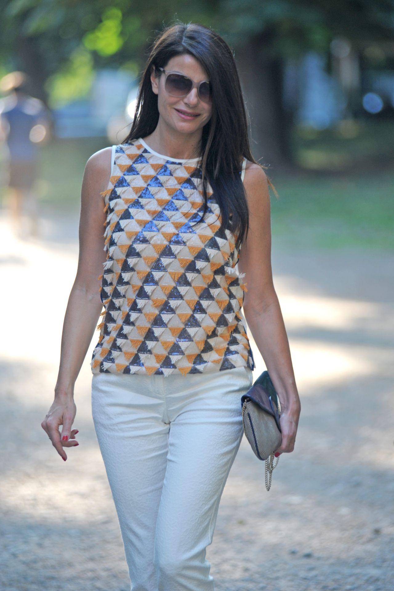 Ilaria D Amico Looks Stylish Milan 05 27 2017