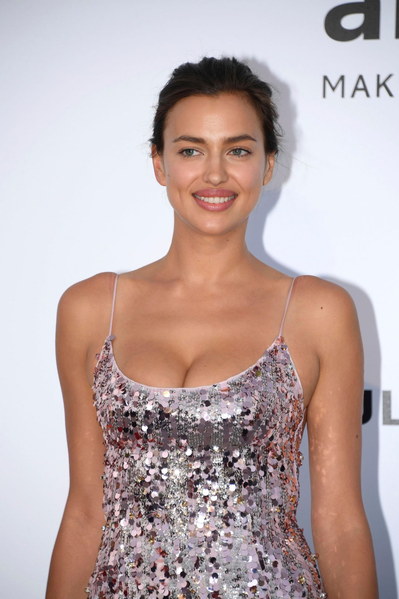 Irina Shayk Amfar S 24th Cinema Against Aids Gala
