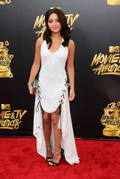 Isabela Moner – MTV Movie and TV Awards in Los Angeles 05/07/2017