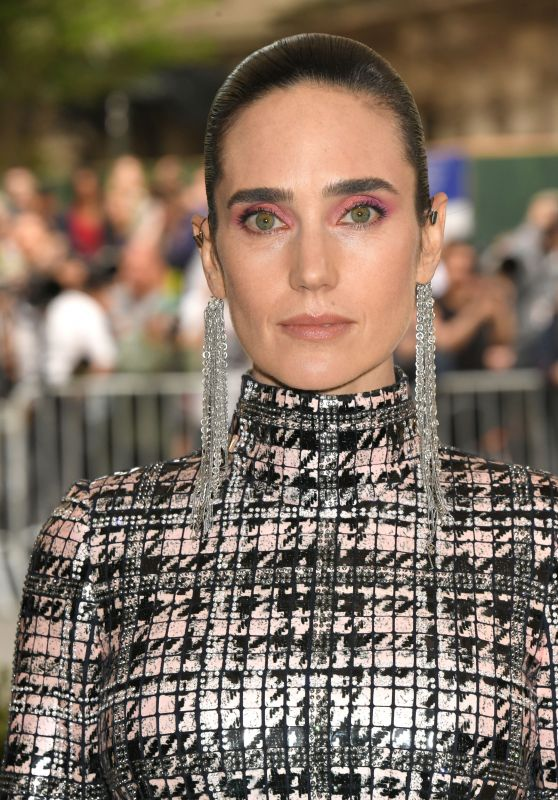 Jennifer Connelly at MET Gala in New York 05/01/2017