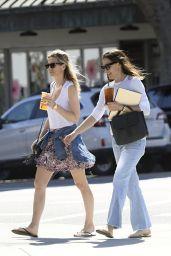 Jennifer Garner Street Style - Out in Los Angeles 05/27/2017