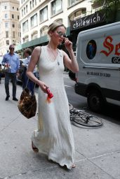 Jennifer Lawrence Looks Stylish - Out in Manhattan in NY 05/19/2017