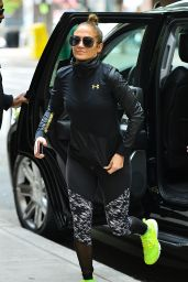Jennifer Lopez in Workout Gear - Heads to the Gym in New York 05/11/2017