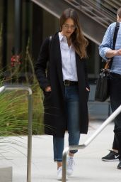 Jessica Alba - Exiting an Office Building in Los Angeles 05/12/2017